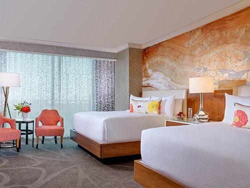 Queen Resort 2.jpg