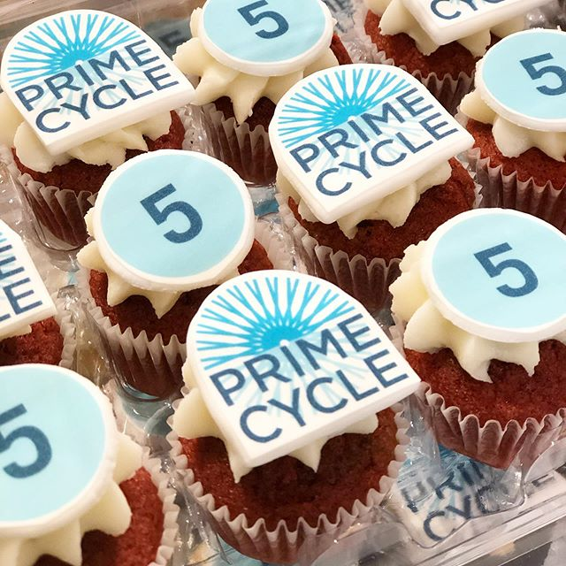 Congratulations Prime Cycle, Hoboken's premier indoor cycling studio, on its 5th year anniversary. #primecyclehoboken #hoboken #indoorcycling #minicupcakes