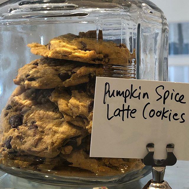 Pumpkin Spice Latte Cookies at Baking Mama. Available this Fall. #pumpkin #cookies #latte #pumpkinspicelatte #iambakingmama #bakingmama #hoboken #jerseycity