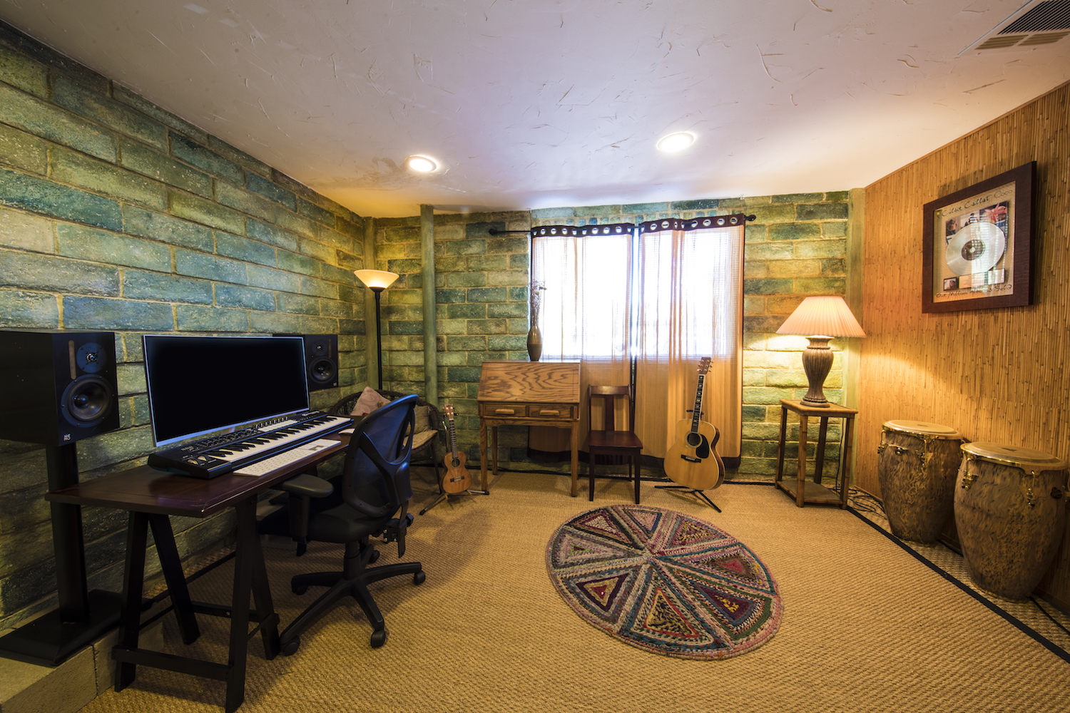 The KAUAI Room - Relax and go with the island feel of sand and seagrass in Kauai. Inspired by studio manager Mikal's work with Colbie Caillat.