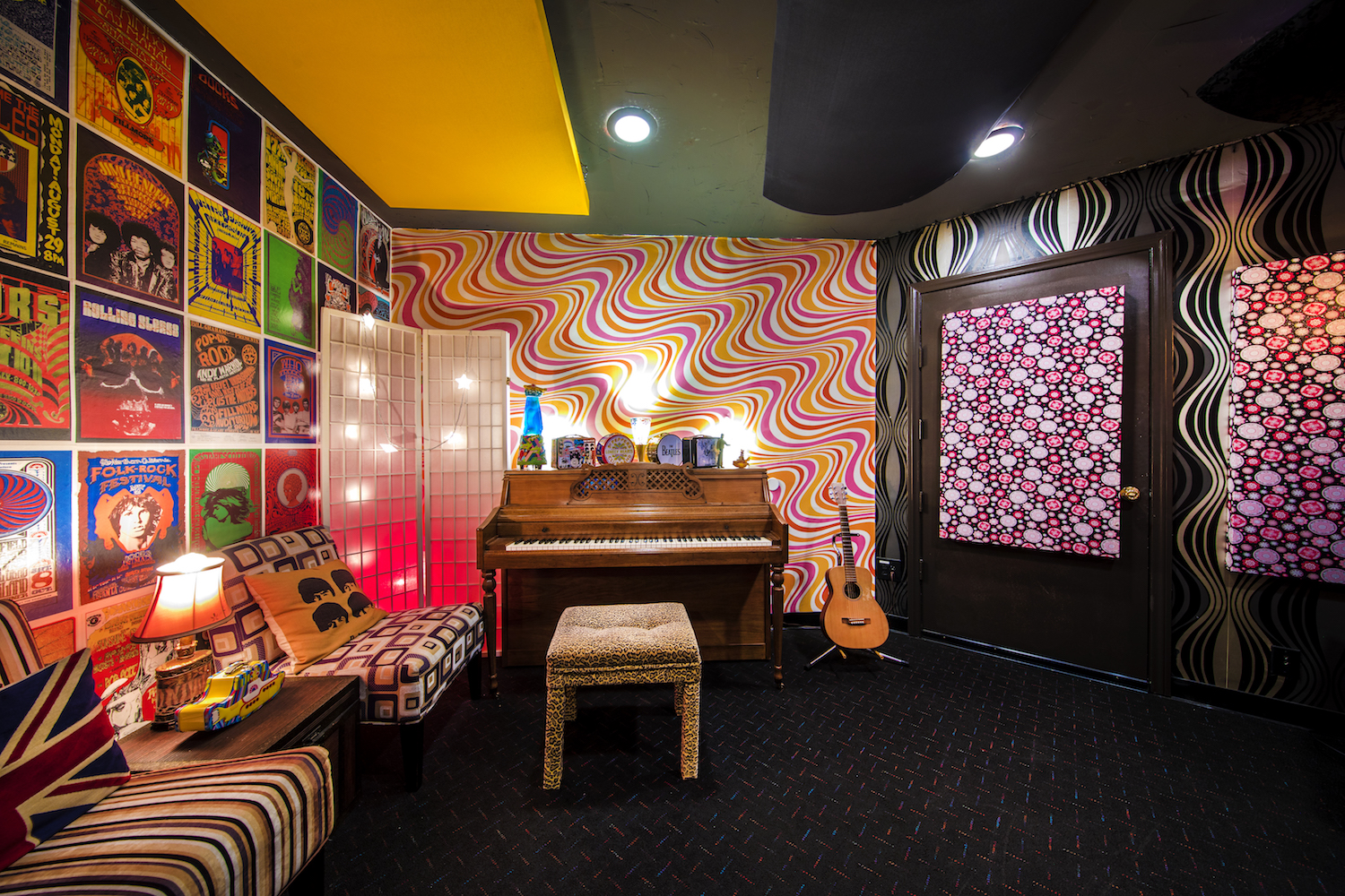 The Psychedelic Room - Free your mind in the Psychedelic Room, complete with retro wallpaper, groovy lava lamps and an unprecedented collection of Beatles lunch boxes.