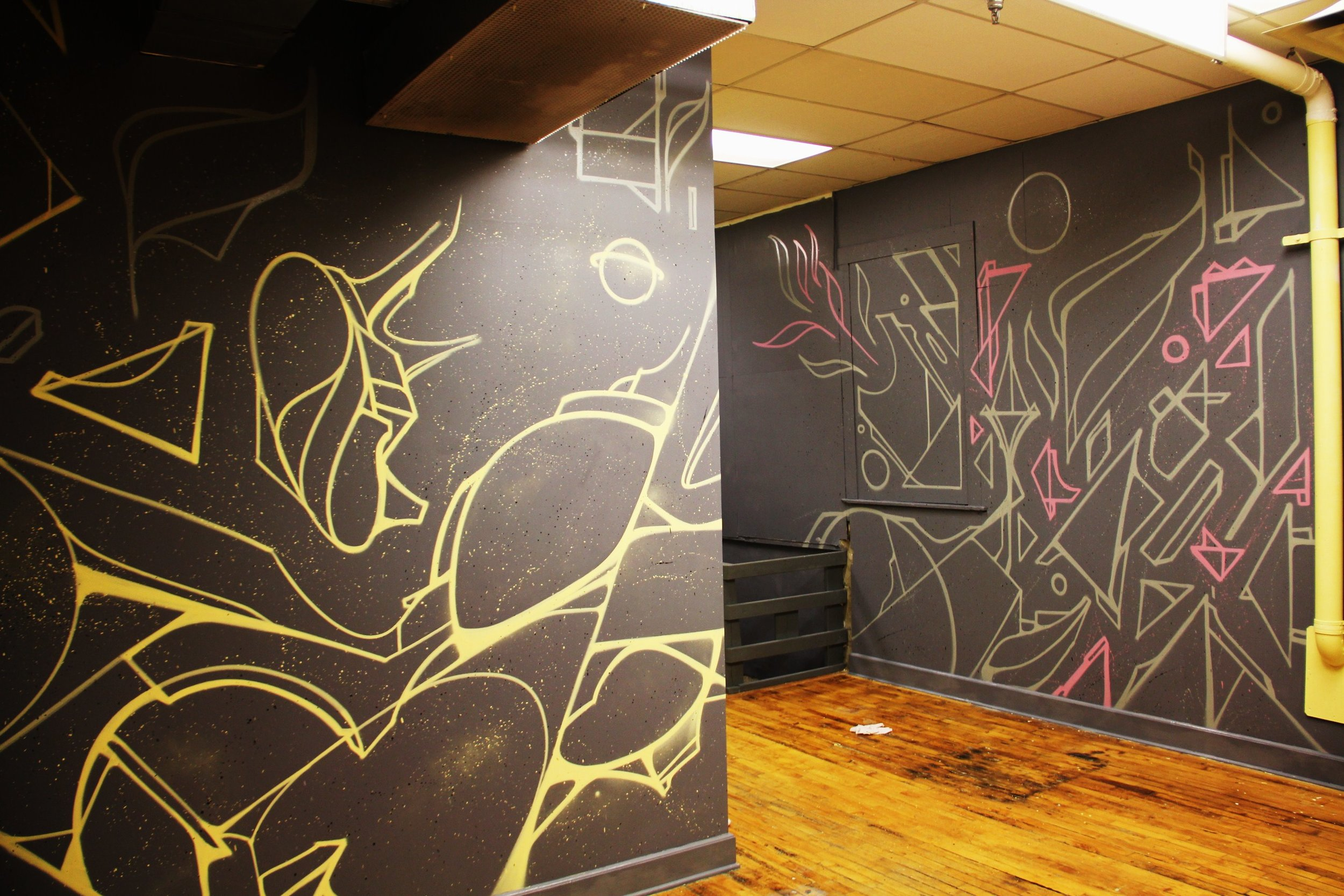 b. resale mural