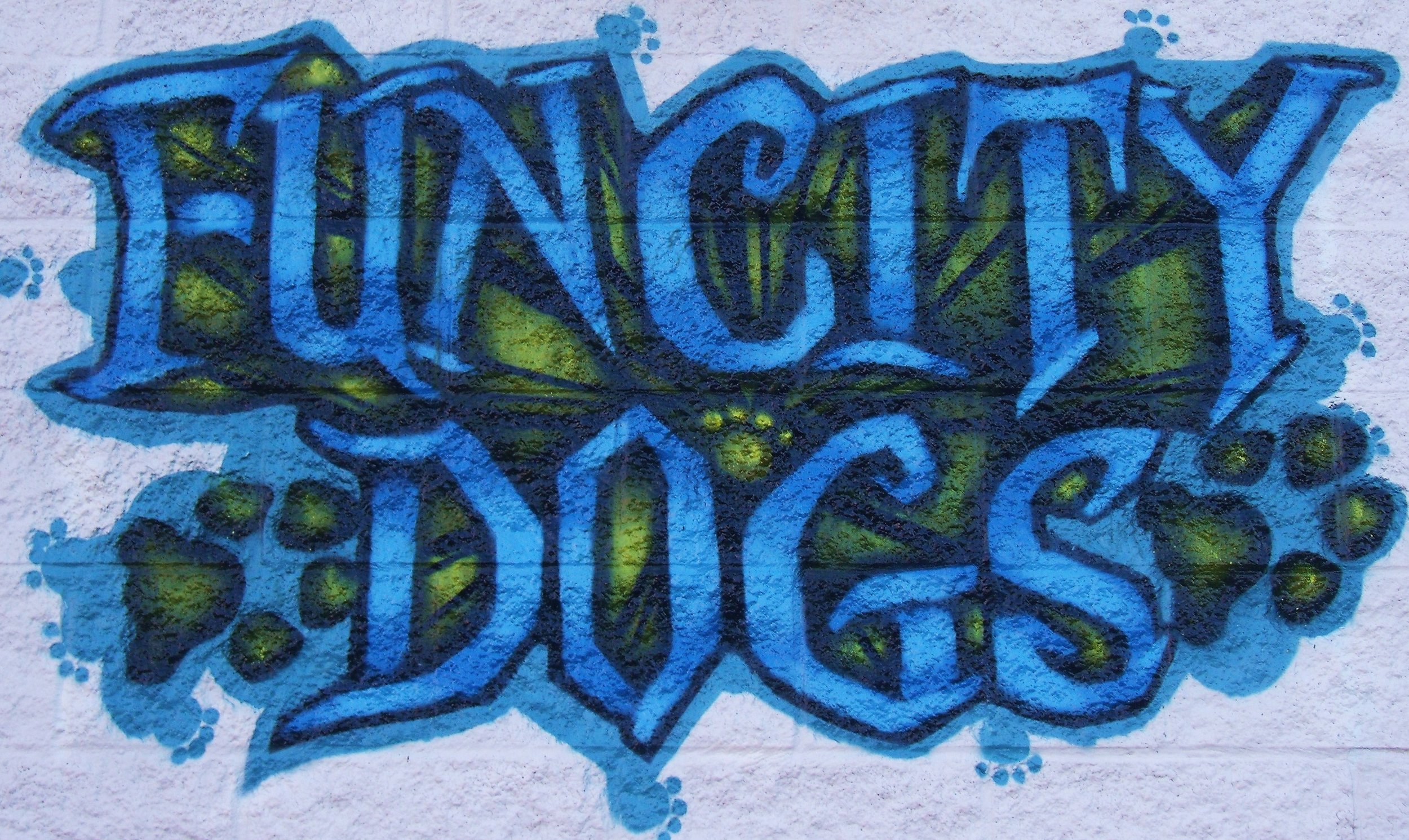 2010_Fun City Dogs Sign.JPG