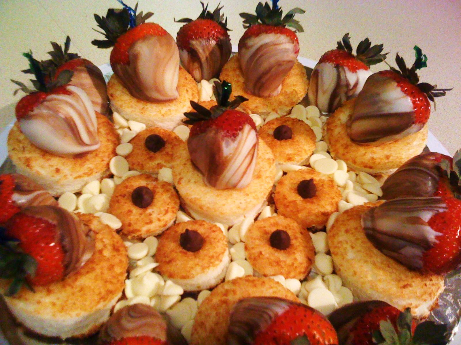 Chocolate Strawberries 1.JPG