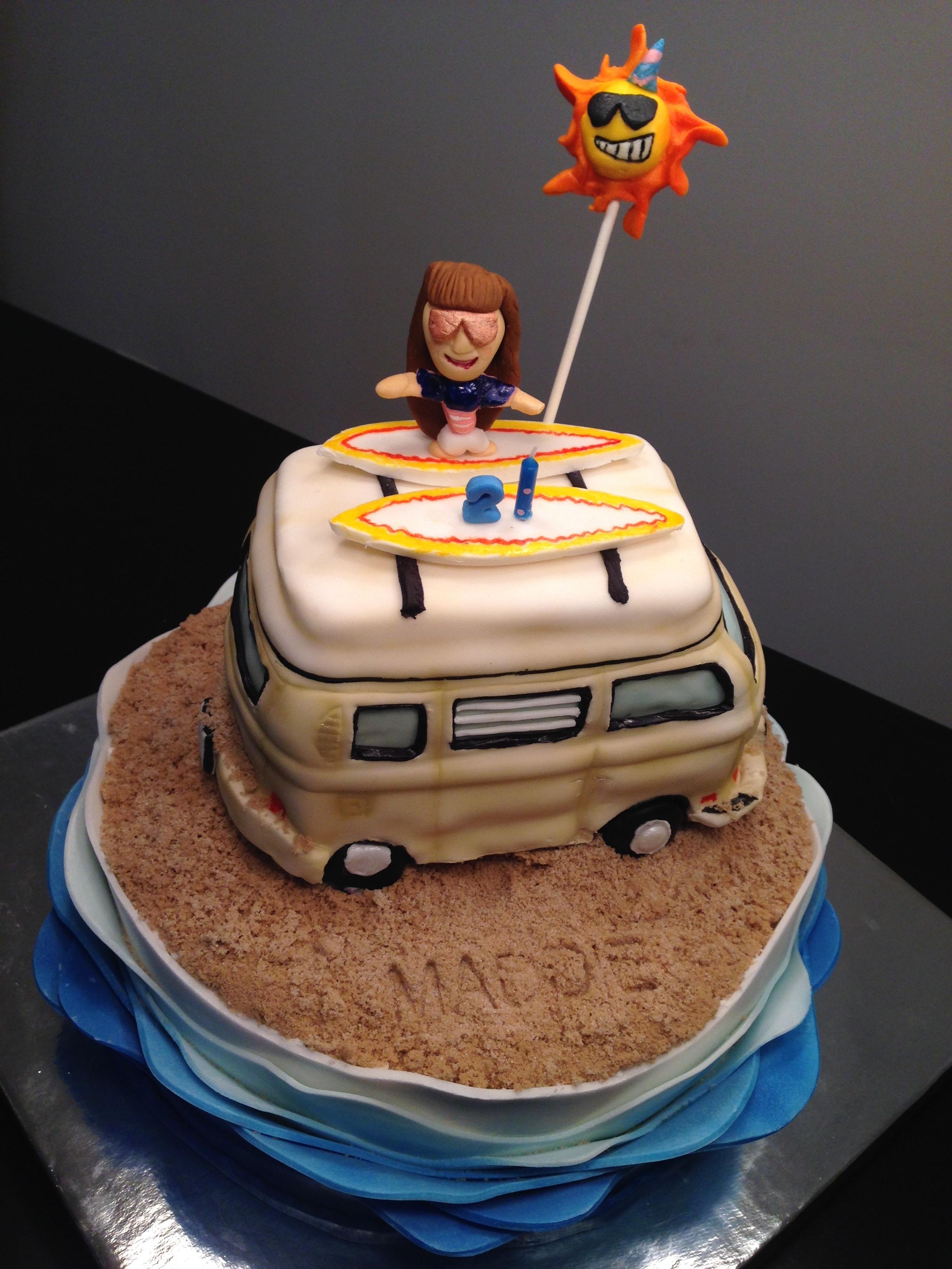 Maddie Cake 1.JPG