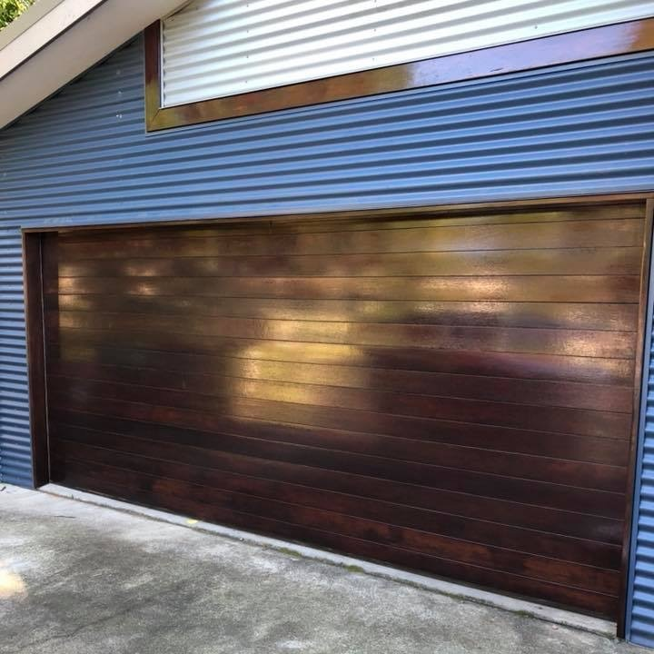 Garagedoor_Beautiful_Finish_After%281%29.jpg