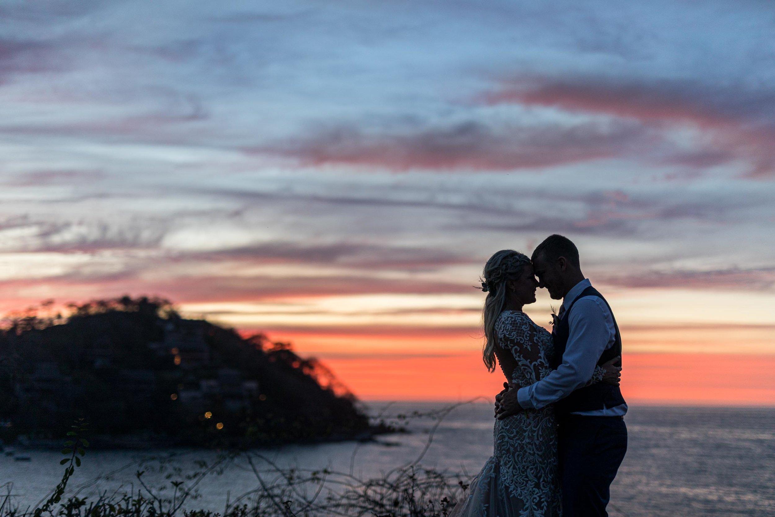 Photographers that photograph weddings
