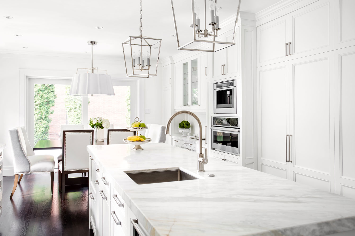 kitchen-interior-designer-custom-window-treatments-interior-eloquence-haymarket-virginia.jpg