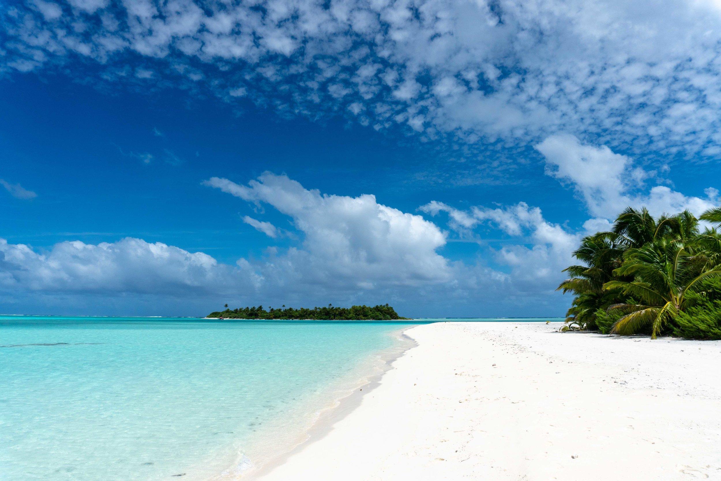 tropical_paradise_beach_island_cook islands_south pacific_1.jpg