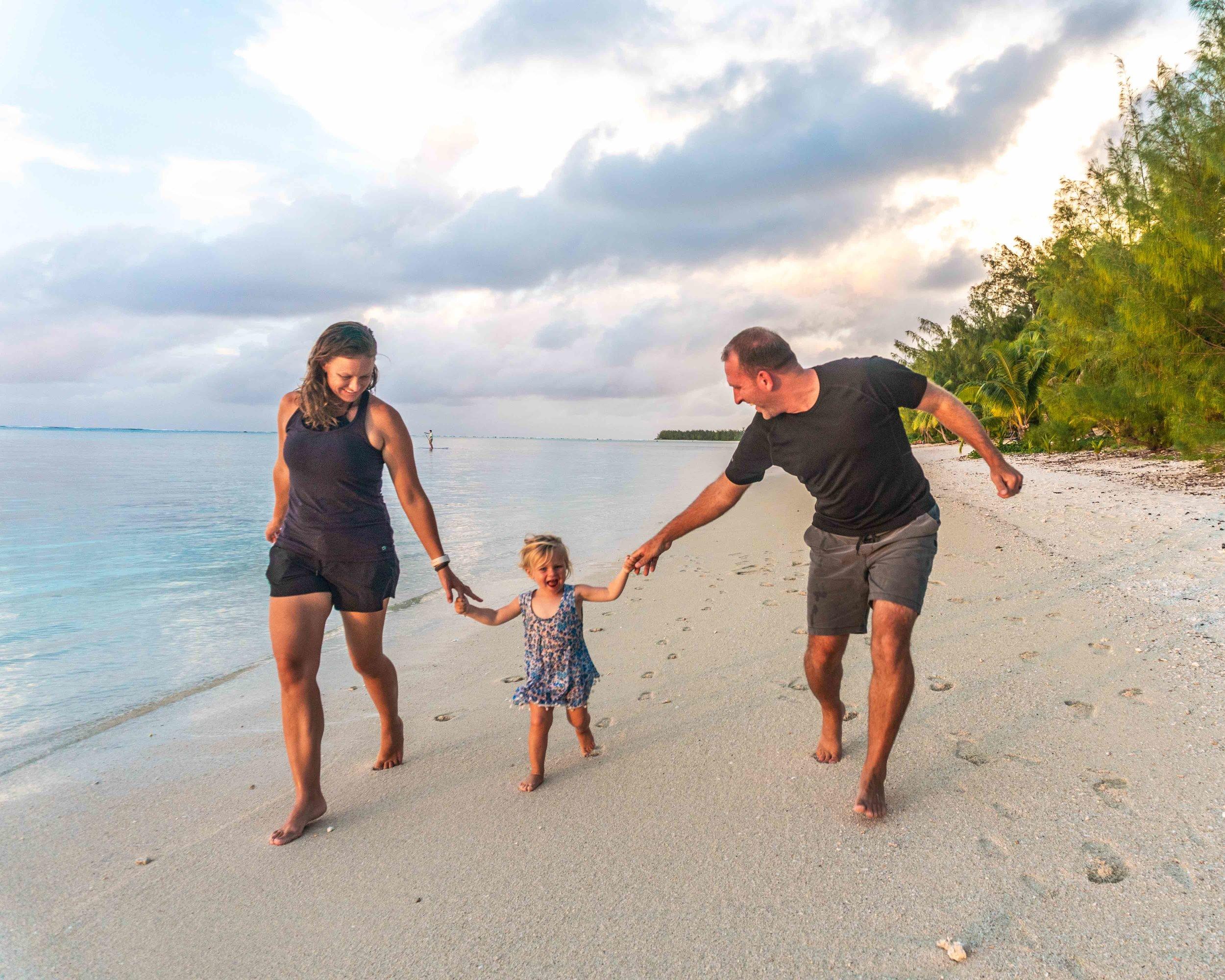 Lifestyle_family_beach_island_sunset_running.jpg