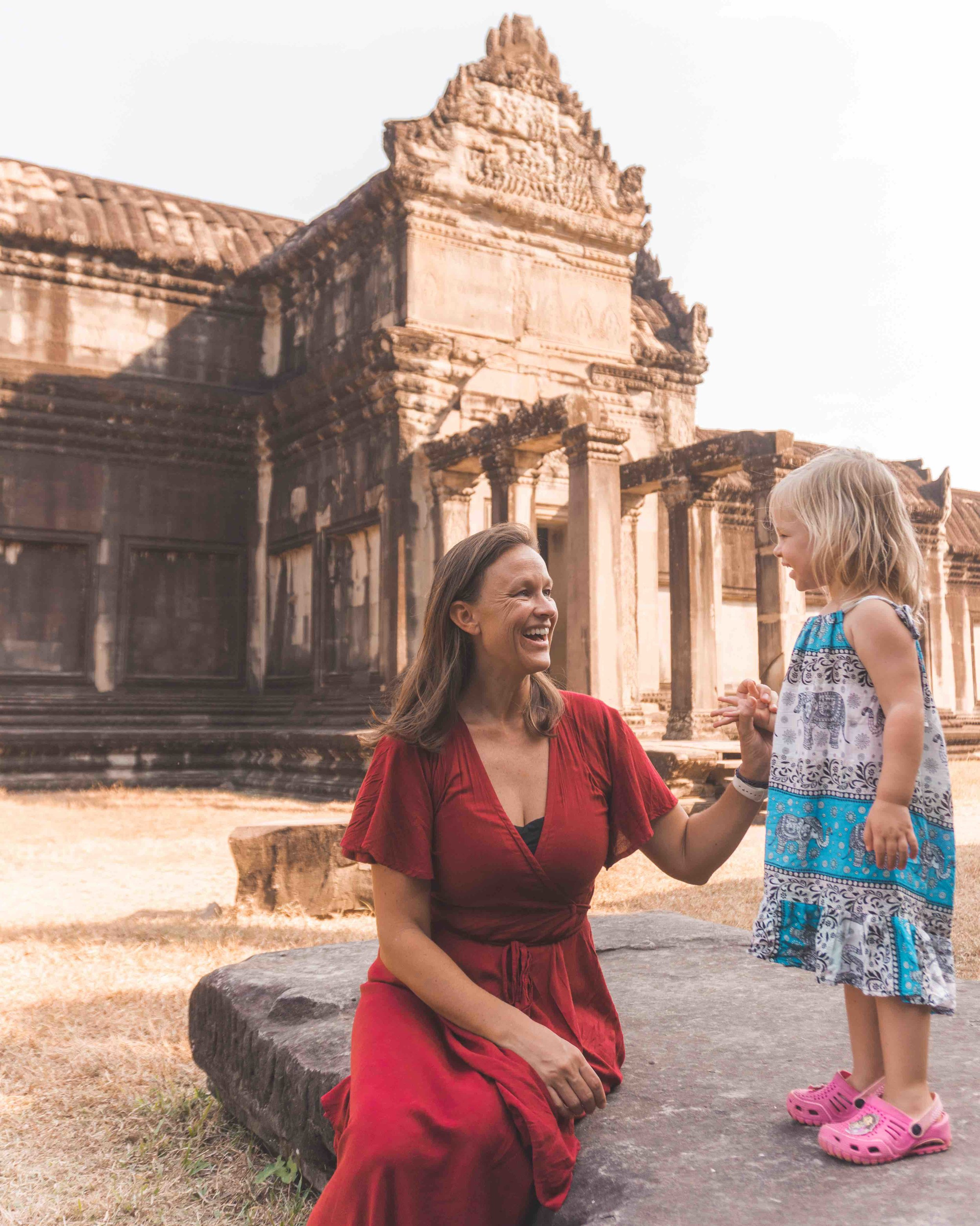 Lifestyle_family_mom_daughter_cambodia_temples_angkor wat.jpg