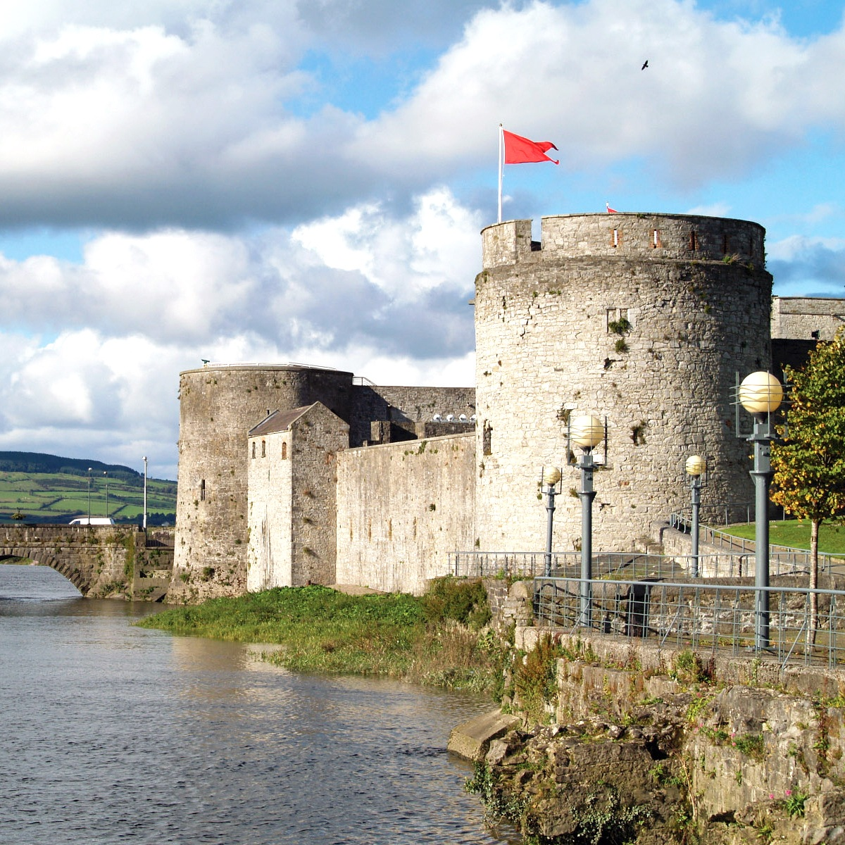 King John's Castle Limerick City.jpg
