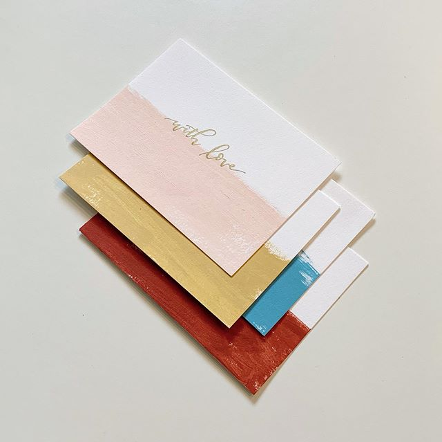 The summer heat may be lingering, but good grief I'm ready for all things fall. We took some color inspo from @madewell's latest releases and paired them with our painted stationery — creating a one-of-a-kind branded collection! • These select colors will only be available at our in-store pop-up tomorrow, Thursday 9/12 from 1-4pm, so mark your calendars and come snag a few! 🍂🌾