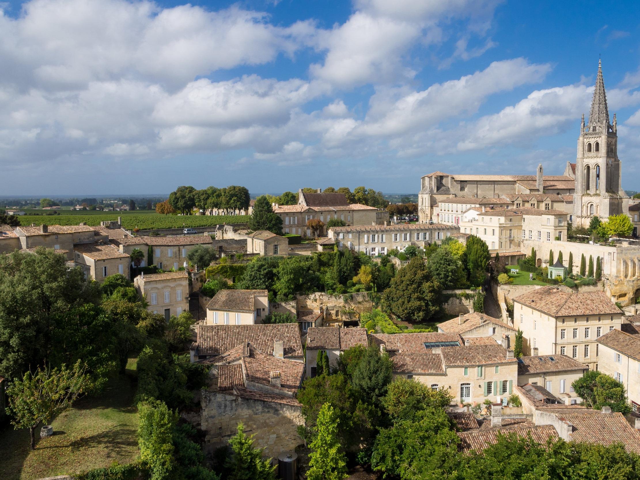 Saint-%C3%89milion%2C_Aquitaine.jpg