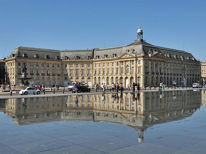 palais-de-la-bourse-bordeaux.jpg