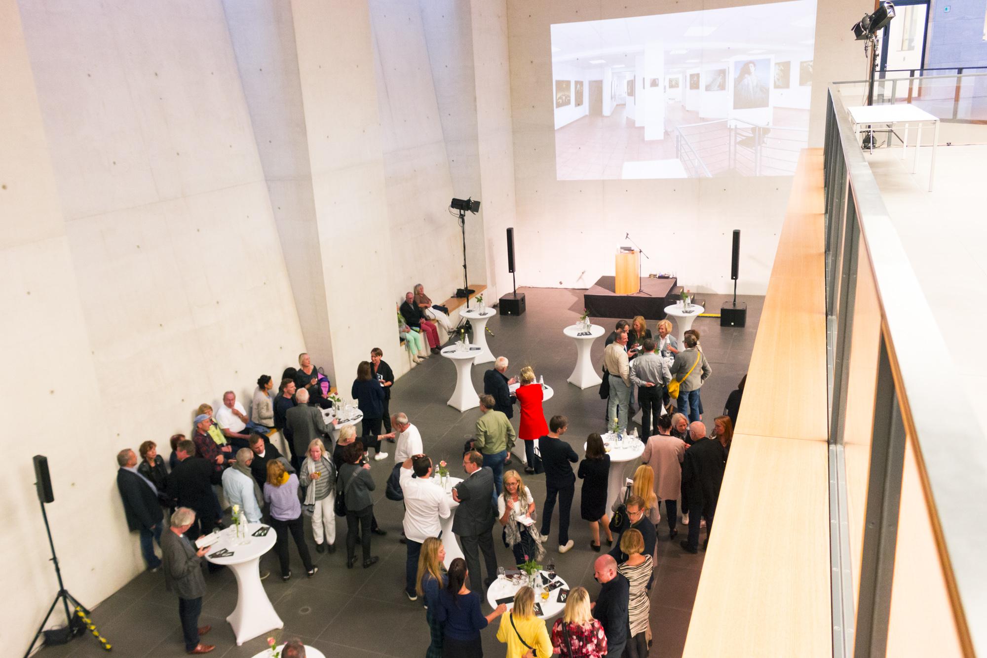 28 Beteiligte - Von öffentlichen Institutionen bis Galerien in ganz Nürnberg & Erlangen können Sie auf Entdeckungsreise gehen. Sie möchten es genauer wissen? Gerne. Hier: