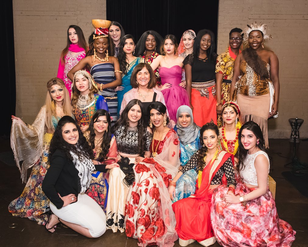2018 Fashion Show Models and WoW Executive Director, Samira Harnish.