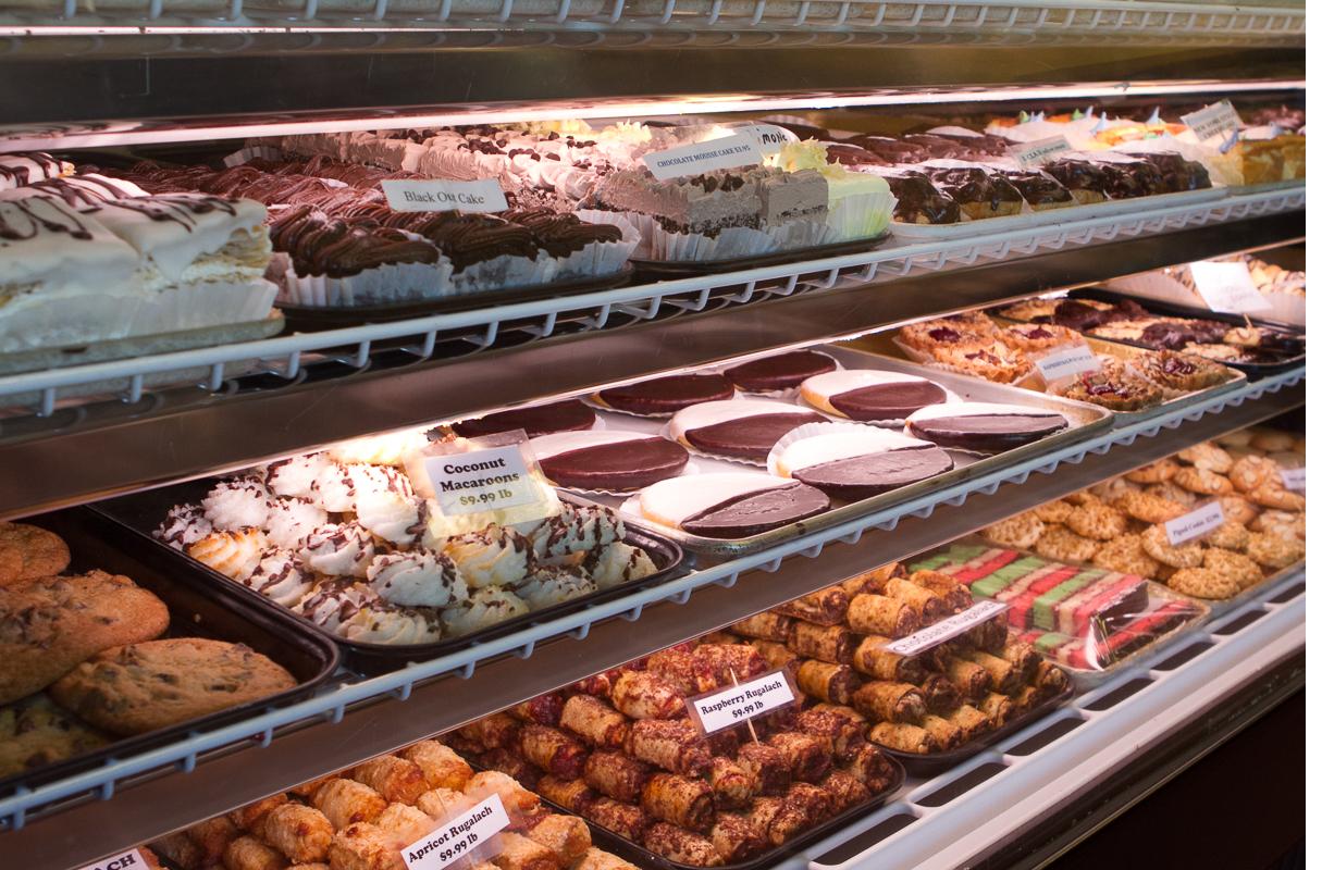 amicis-bakery-suntree-1.jpg