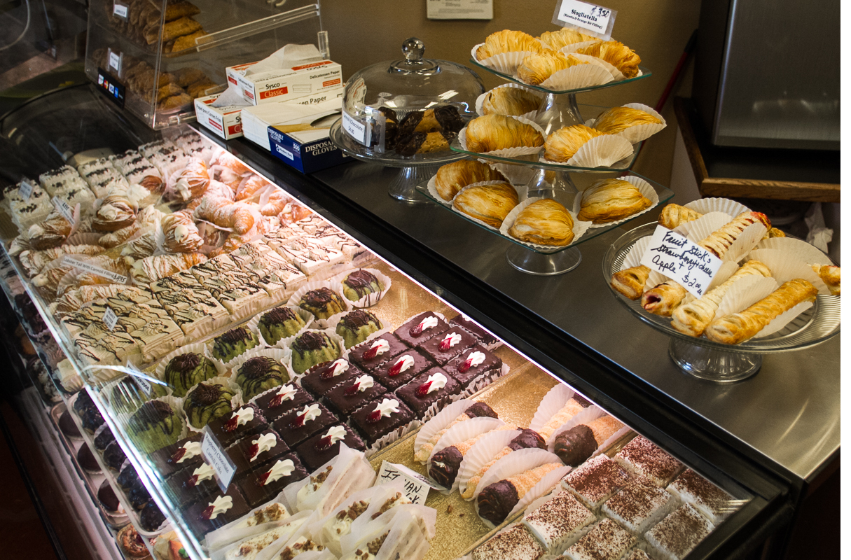 amicis-bakery-suntree-3.jpg