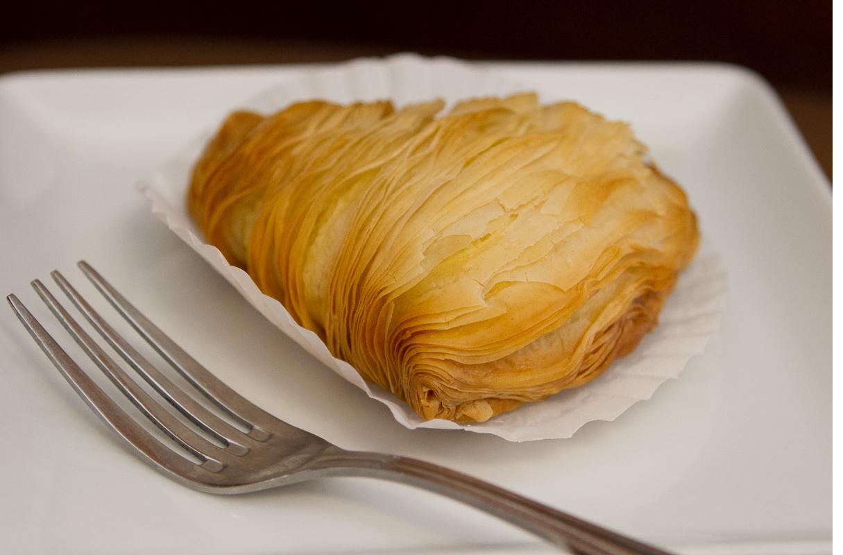 amicis-bakery-suntree-6.jpg