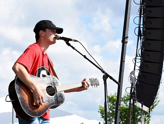 It was incredible weekend graduating from UGA and opening for @thechrisjanson to support the fight against cancer with @pacelineride ! Go Dawgs!