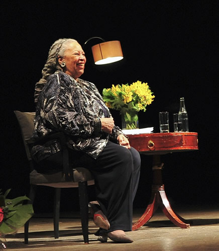 "Toni Morrison at the Sixth Biennial Conference of The Morrison Society, ""Toni Morrison and the Circuits of the Imagination"", in Paris, France (2010)"