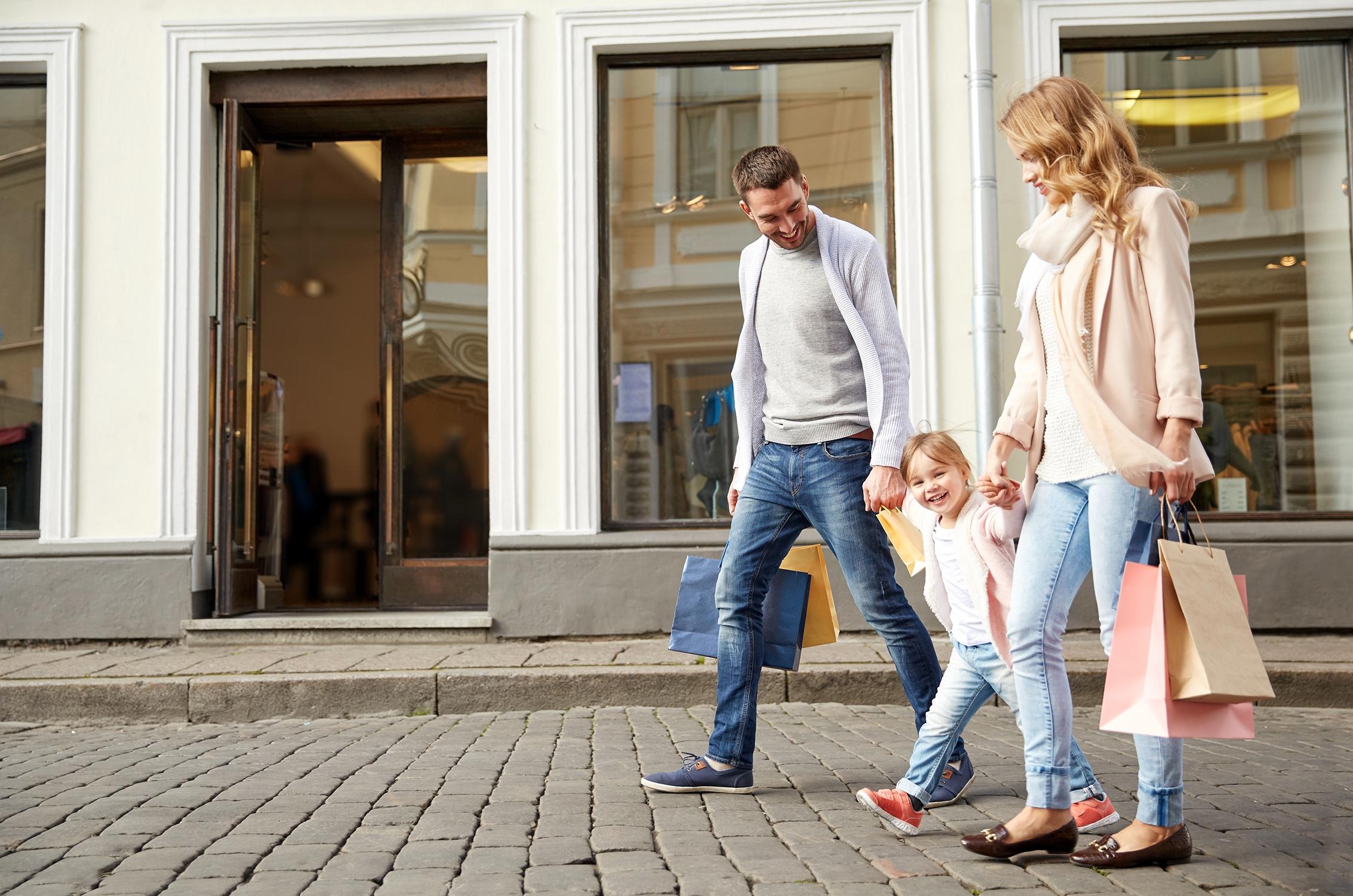 Carson-Retail-Family.jpg