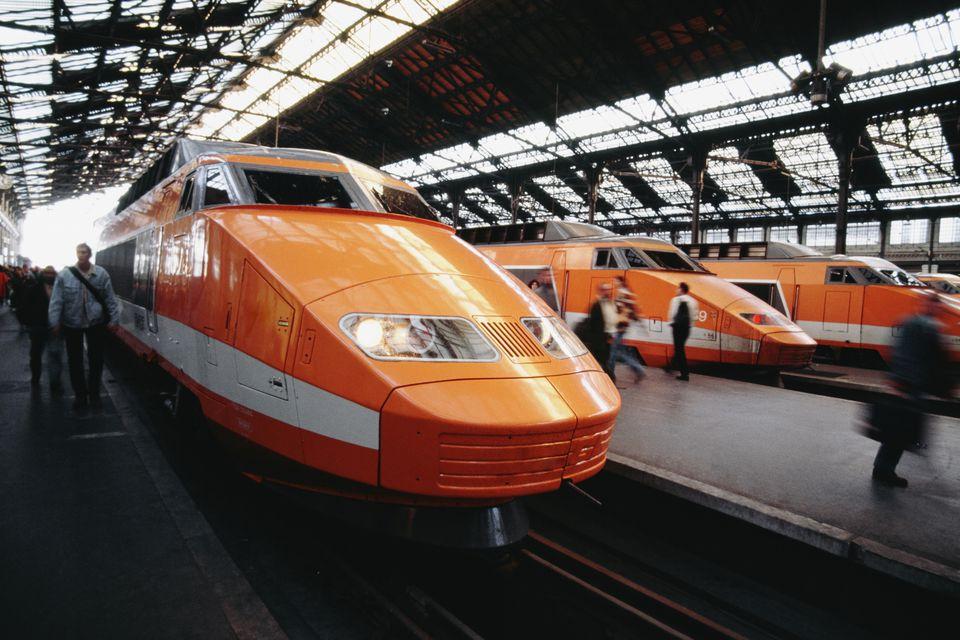 TGV-train-in-Paris-585d30605f9b586e02d45e10.jpg