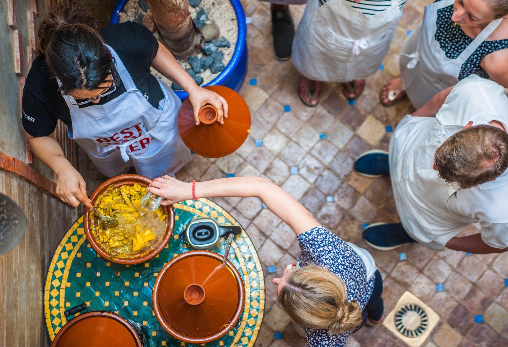 c-fakepath-urban-adventures-morocco_marrakech_tagine_cooking.jpg