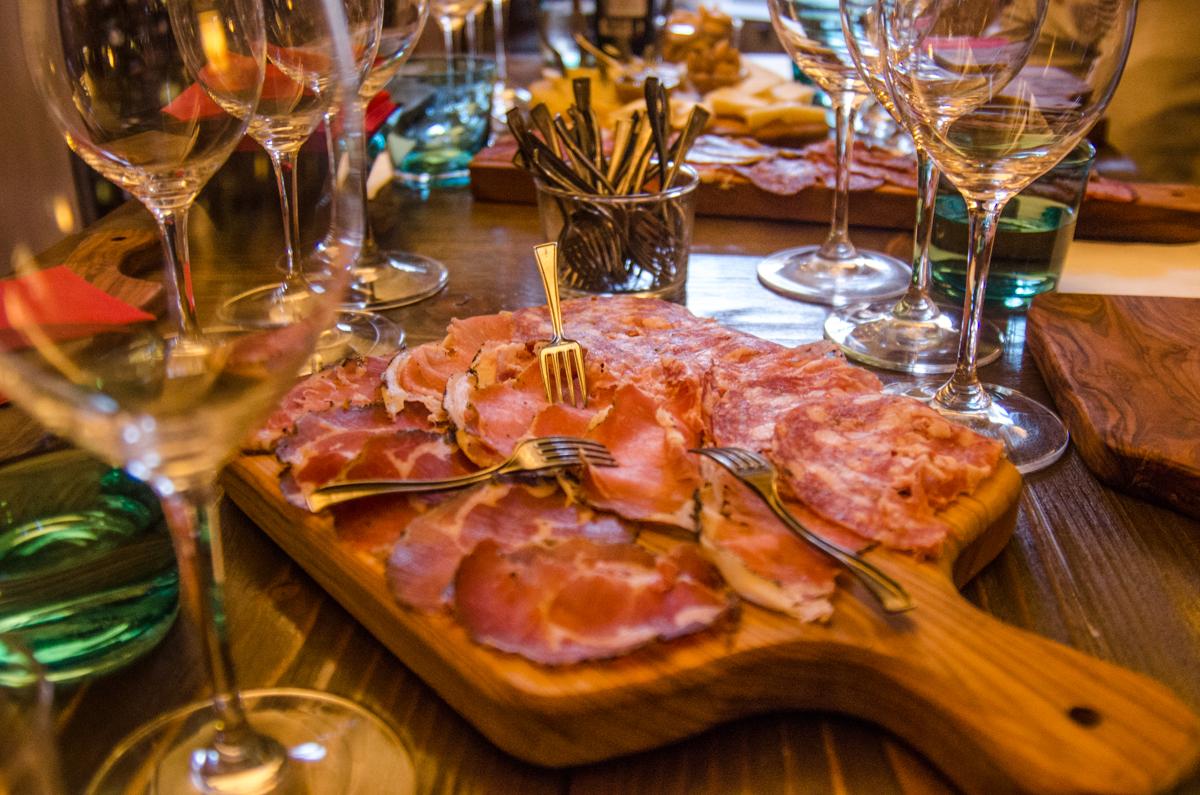 bibenda-assisi-antipasti-bike-tours-umbria-italiaoutdoors-food-and-wine.jpg