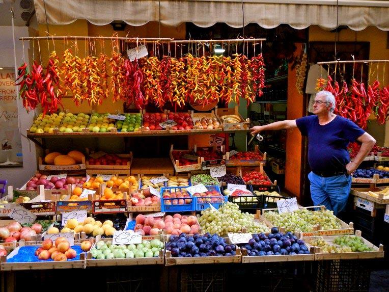 Colorful-fruits-and-veggies.jpg