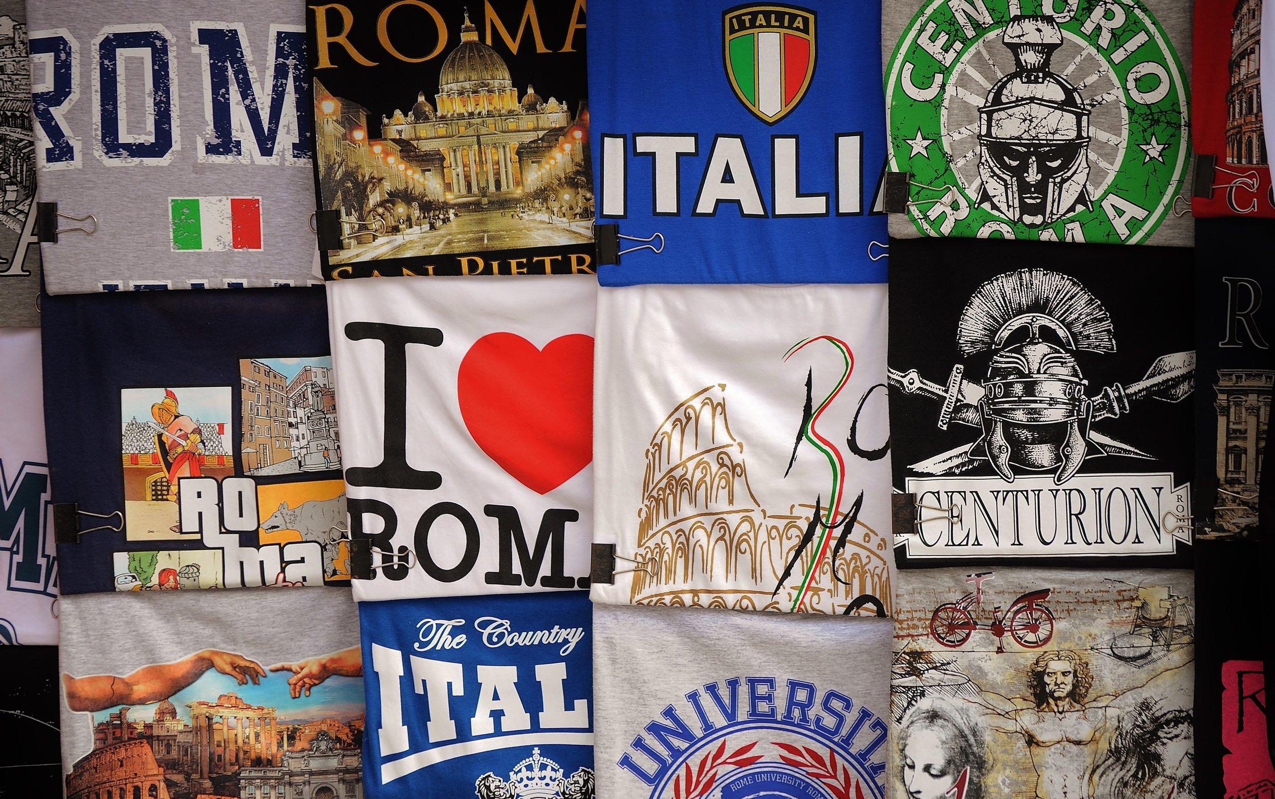 t-shirts-498499.jpg