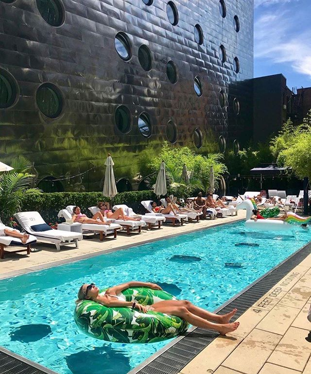 Current Mood.  #nyc #saturdayafternoon #pooltime #summer #july #dreamtime #empirecruises