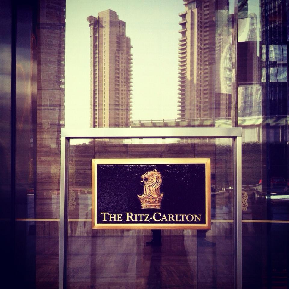 Black Card Circle Shanghai Ritz-Carlton 1.jpg
