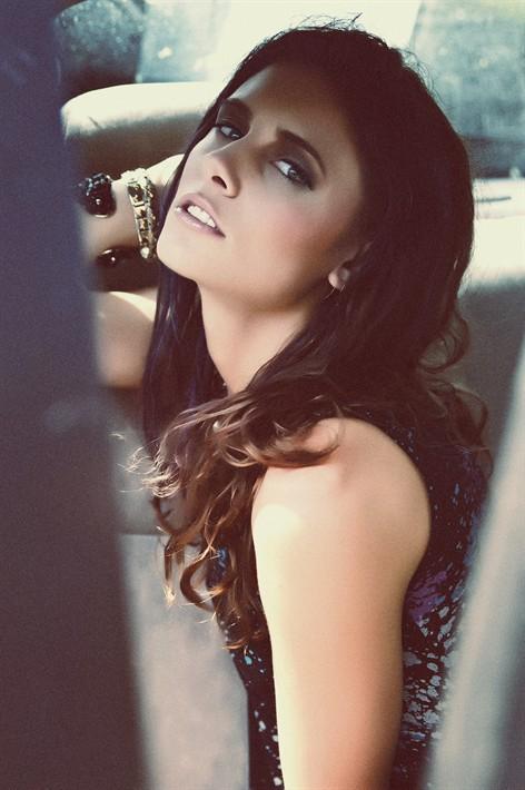 VIP Model makeup artist