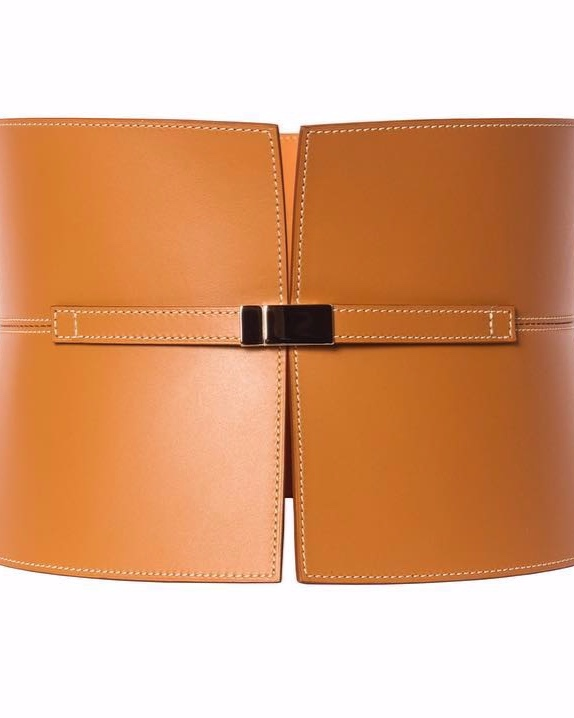 - With its principal focus on belts, offers collections of accessories for men and women. From classical belts to more fashionable creations, the collections include permanent or seasonal pieces that are available in twenty colors. The glossed, hand-dyed, leather is sealed with beeswax to ensure a high degree of water resistance.