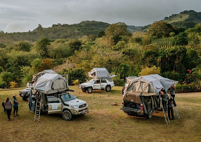 NEW EPISODE: Do you know what overlanding is? We didn't! + Our host @howsheviewsit took her first overlanding trip earlier this year, before she really knew what it was and how it's different from other types of road trips. + A lot of us think that overlanding is about the vehicle you drive in the gear you have, but the reality is that, like a lot of types of road trips, both the car and the gear don't really matter and it's all about what you do with it and where you go. + Fortunately, the @womenoverlandingtheworld team is helping to give female travelers community and hands-on experiences in the realm of overlanding, and they join this episode to answer all of our questions about overlanding, as well as share tips around what makes Costa Rica such a magical place to take a road trip! + This episode is a special one because Laura went to Costa Rica earlier this year when she took her first dive into overlanding, so you'll get some in-the-field recordings along with all of the insights and practical tips the @womenoverlandingtheworld team can possibly offer. ✨ + You can enjoy this episode on Apple podcast, Spotify, and wherever podcasts are found— including our brand new website! Make sure to check it out through our Stories and the link in our profile 🙌 _________________ 📷: @desktoglory #womenontheroad #overlanding #womenoverlandingtheworld #wowoverlandretreats #costarica #nomadamerica #womencan