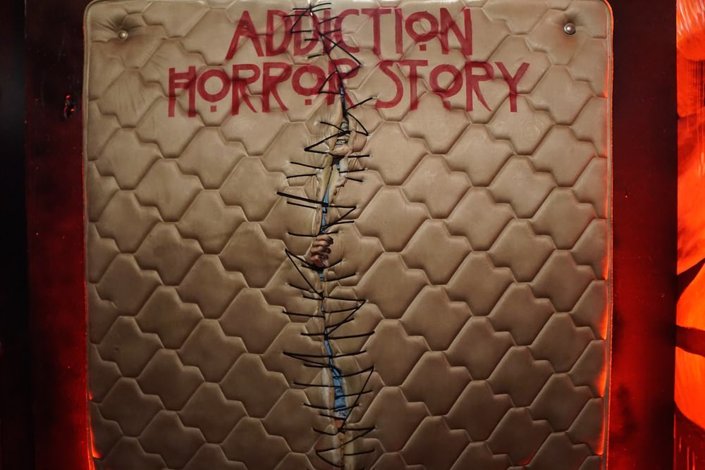 Curate-Addiction-Horror-Story-Backdrop.jpeg