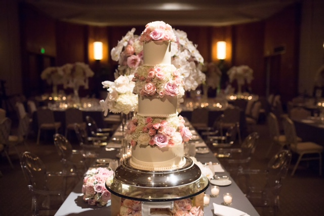 Curate-Wedding-Marina-Riki-Cake-Ghost-Chairs.jpg