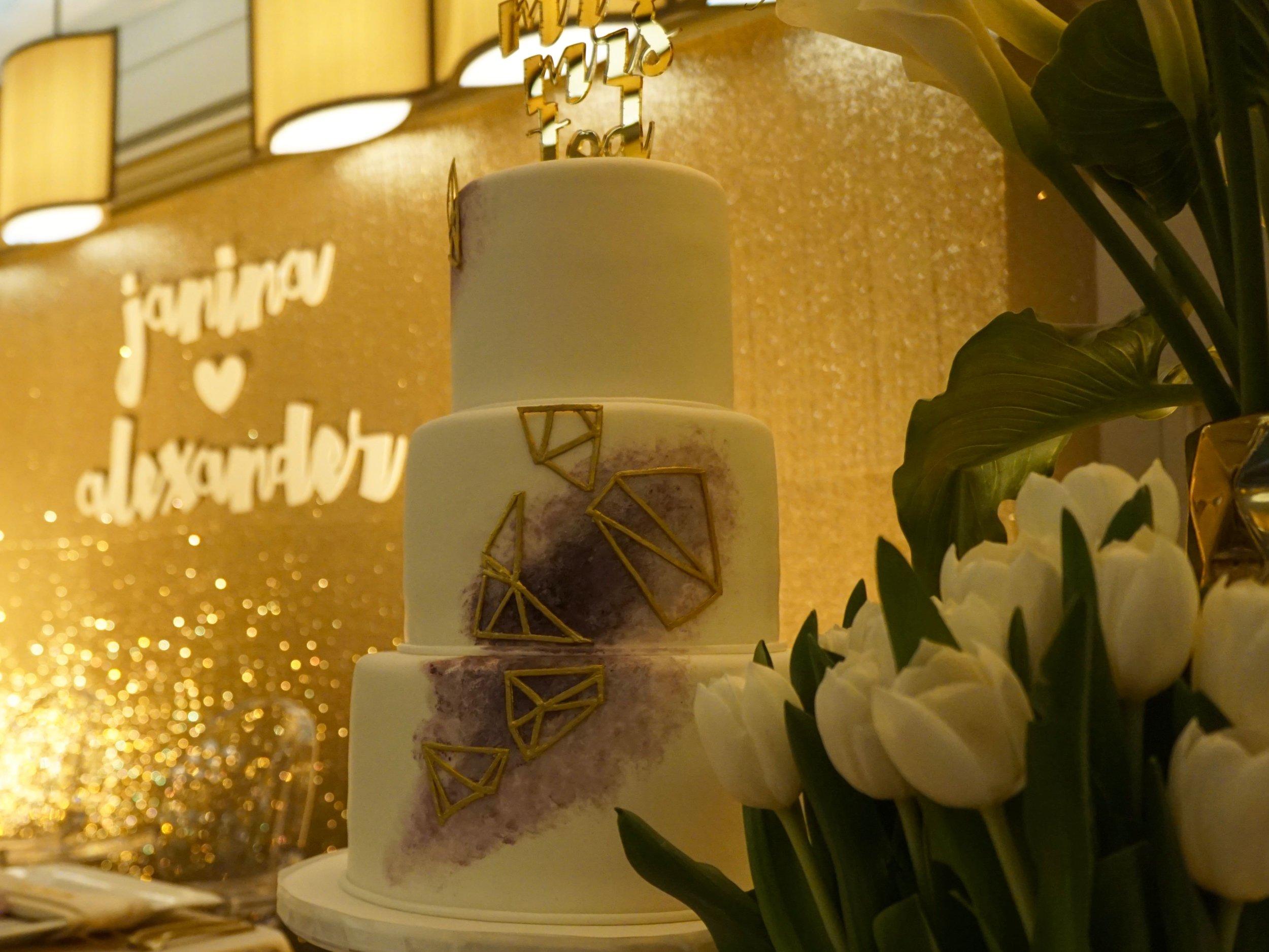 Curate-Wedding-Janina-Al-Cake.jpg