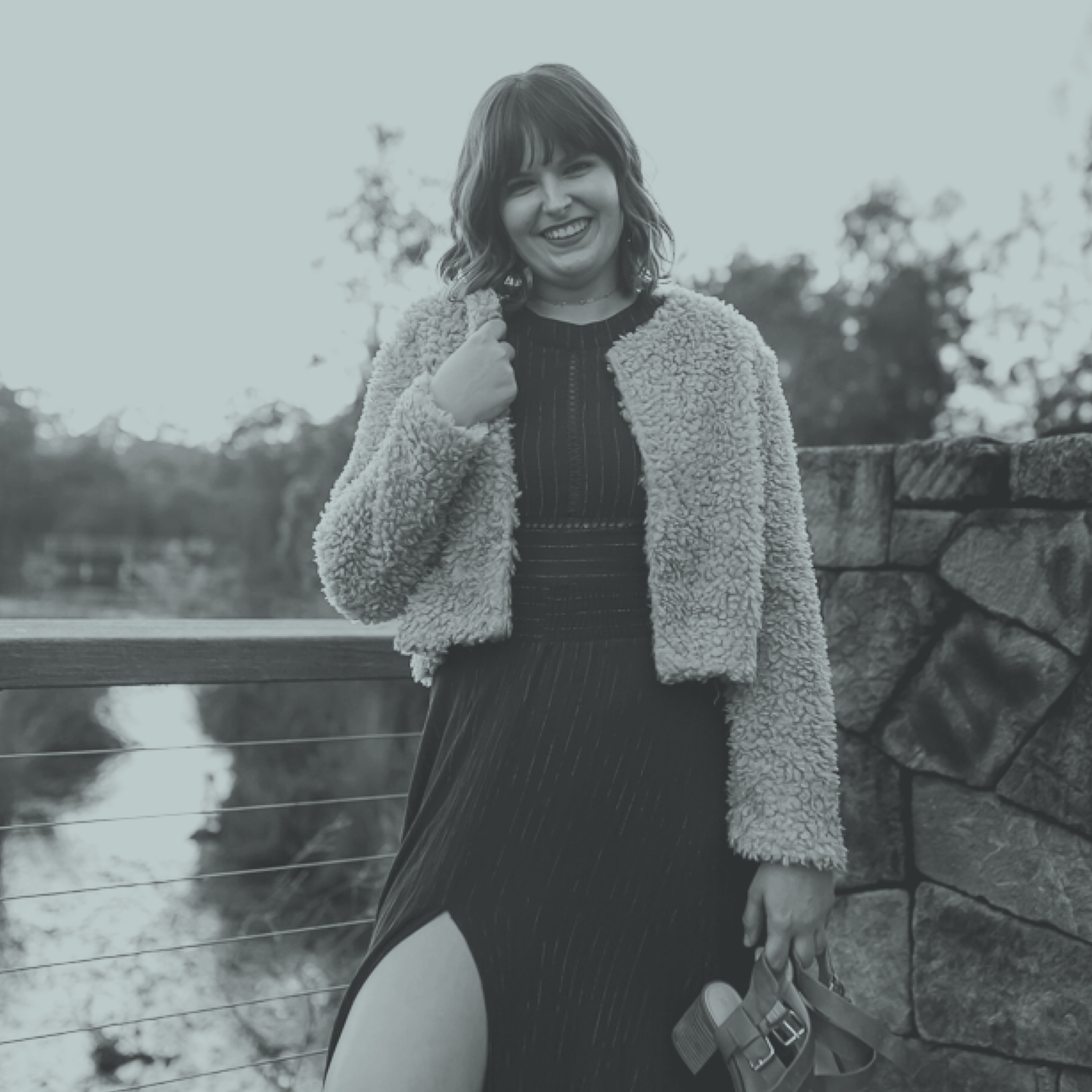 """HAnnah, From Hi Hannah Maree. - """"The clarity, confidence and RESULTS that have come since implementing are so amazing. Not only are my posts getting seen and engaged with by a large part of my audience, but Amie has helped to put an actual sales strategy in place which I wasn't sure how to do."""""""