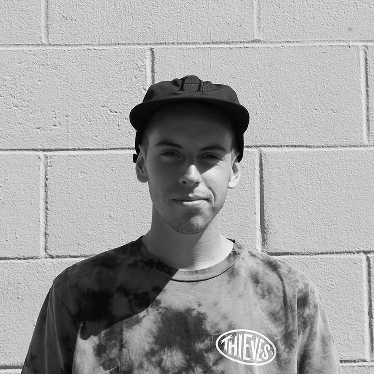 Derek Finch - I'm Derek just a clever guy that likes Subarus, photography, art, Fiji water, and skateboarding. #iceboisFollow Derek