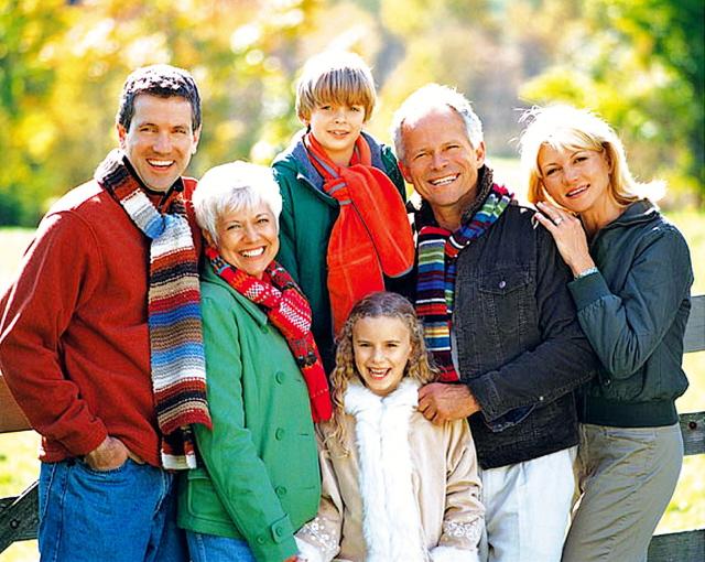 ad_photo_multigenerational_web_edited.jpg