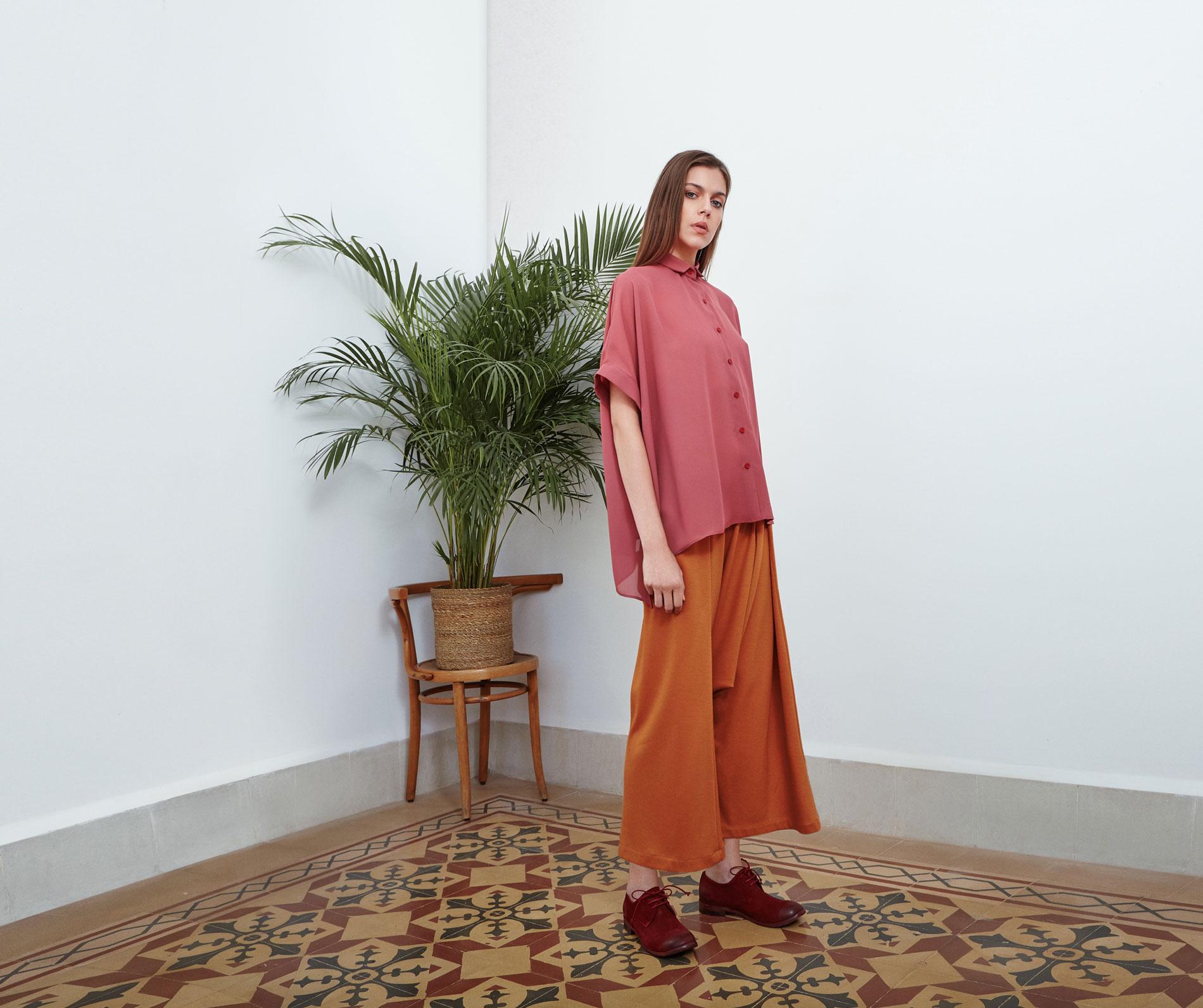 Lara Khoury | Eudemonia Spring 2019 | look 10-1 | Oversize Pink Crepe Georgette Shirt.jpg