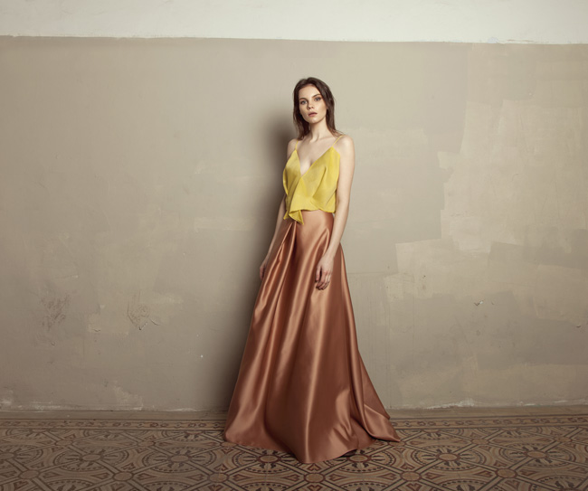 Lara Khoury | Iolanda Fall 2019 | look 24 | Yellow Gazar V Neck Crop Top and Copper Rose Satin Skirt.jpg