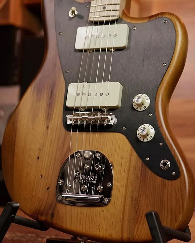 Major #throwbackthursday to when we collaborated with the good people of Fender out in California. The craftsmen produced a special line of custom guitars, one of the models being this stellar Jazzmaster. #handmadeguitar #reclaimedwood #woodworking #fender