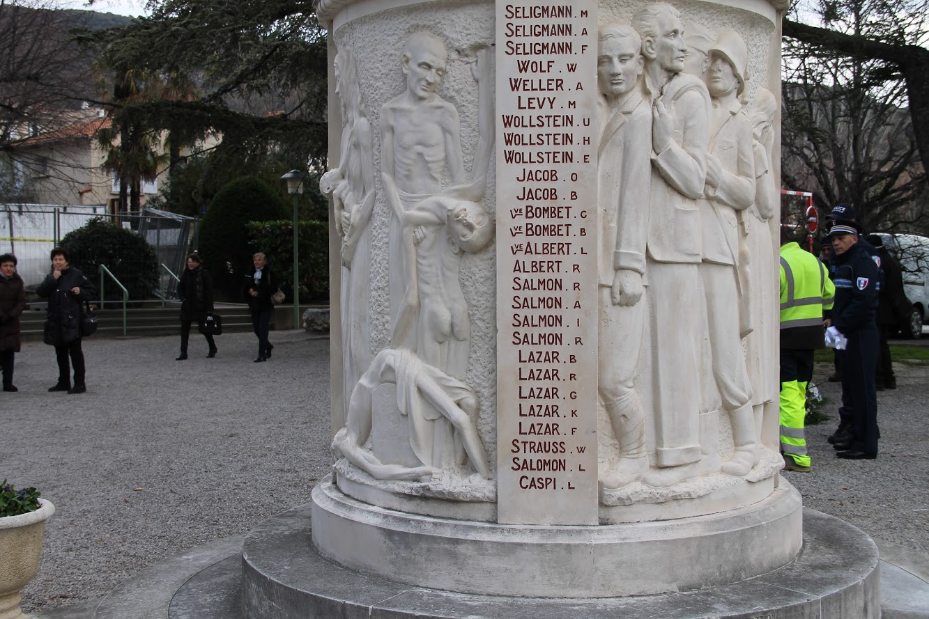 Lazar Monument aux morts, Nyons
