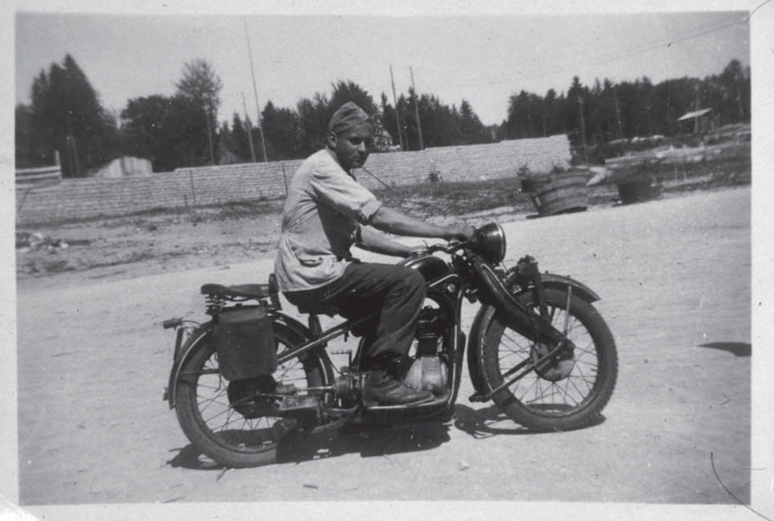 Gletzere Nathan 1945