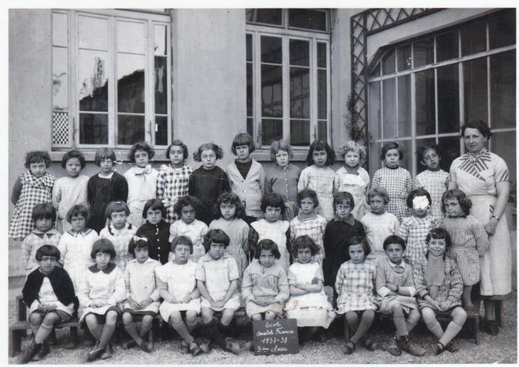 Ecole Anatole France Saint-Fons 1937/38. Abou Marcelle non identifiée