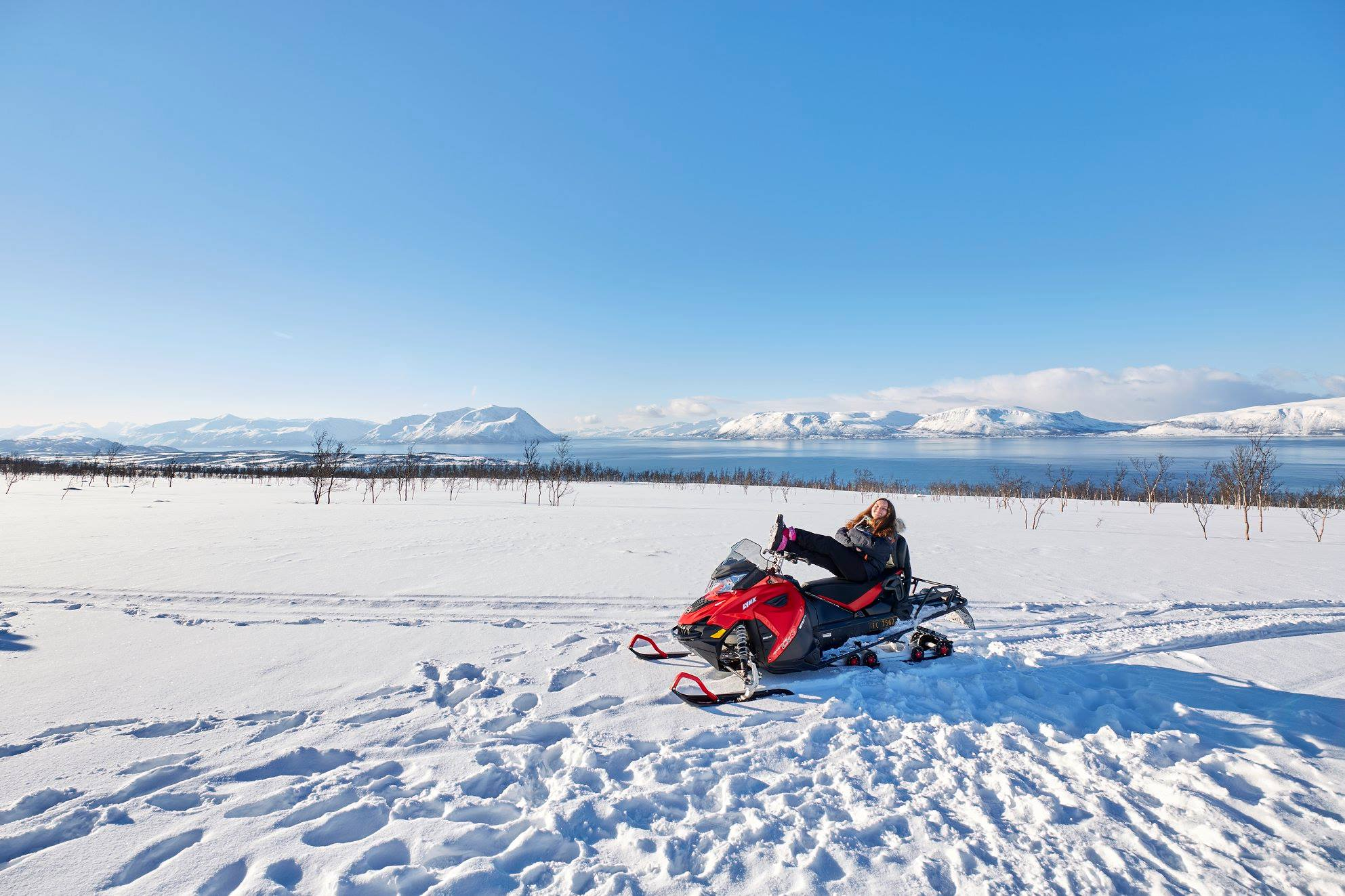 Snowmobile Arctic Cruise In Norway 2.jpg